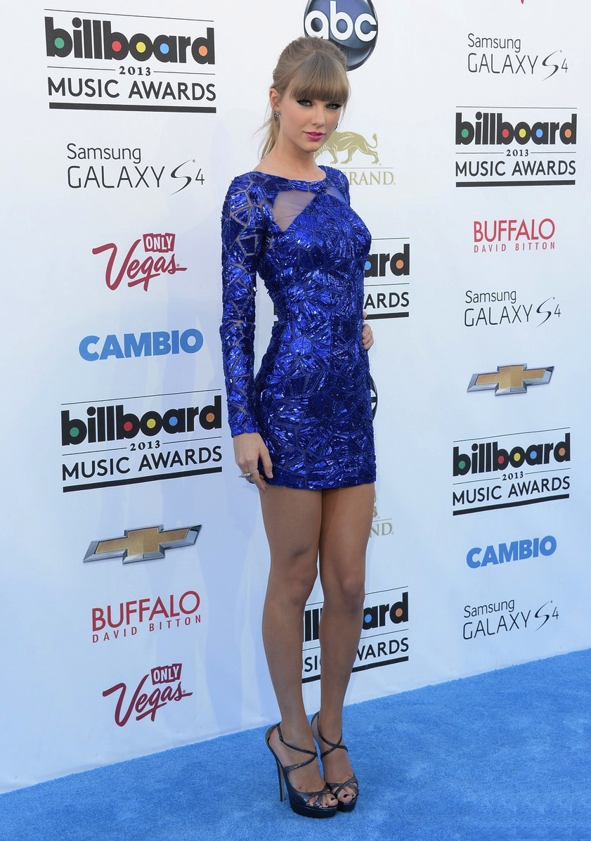 taylor-swift-zuhair-murad-billboard-music-awards
