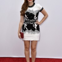 Holland Roden in Naeem Khan & Tacori at the Red 2 Premiere