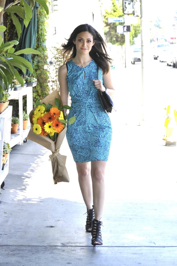 Emmy-Rossum-Banana-Republic-Issa-London-Ceramic-Blue-Dress-3