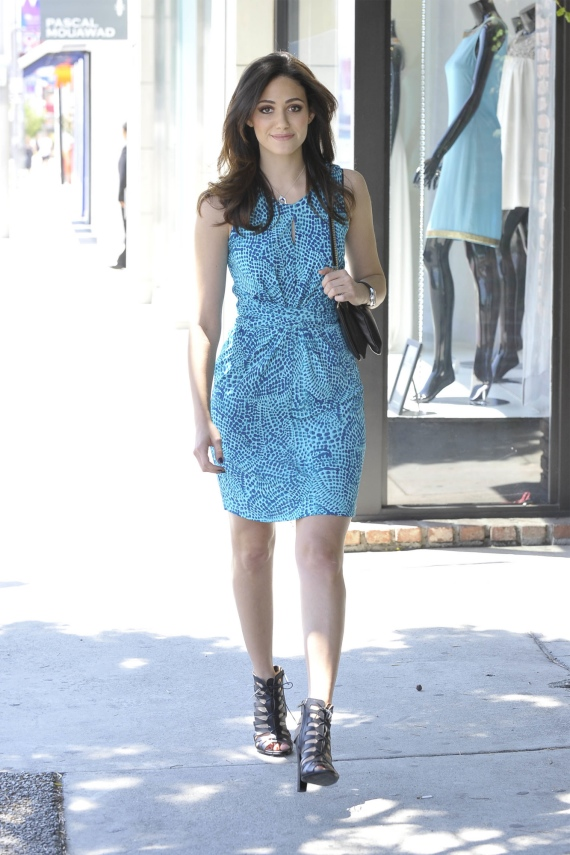 Emmy-Rossum-Banana-Republic-Issa-London-Ceramic-Blue-Dress