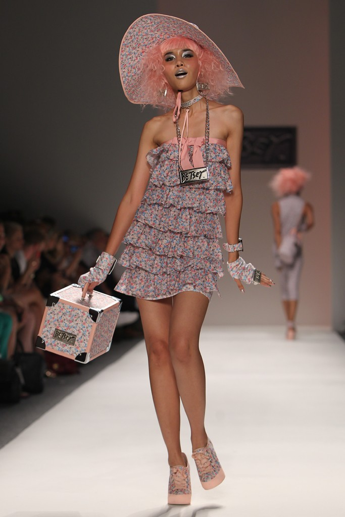 betsey-johnson-rtw-spring-2014-fashion-week-runway4