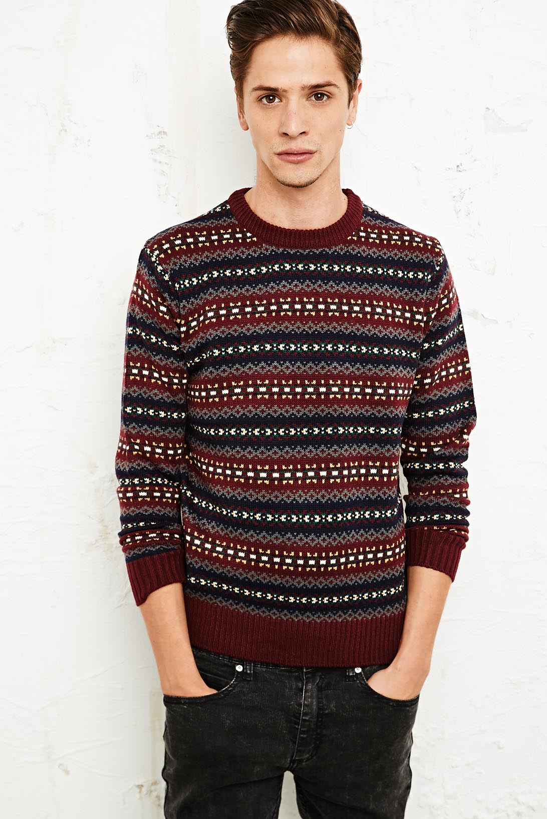 10 Stylish Fashionable Christmas Jumpers & Sweaters For Men | The ...