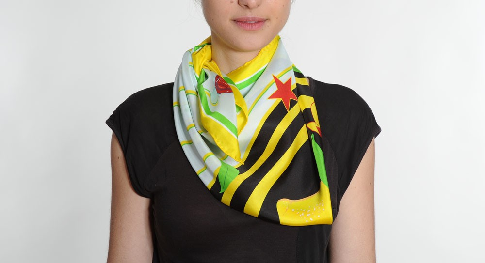 Striiiipes-Agrums-Scarves-Collection-Fruit-wrapper-scarf-5