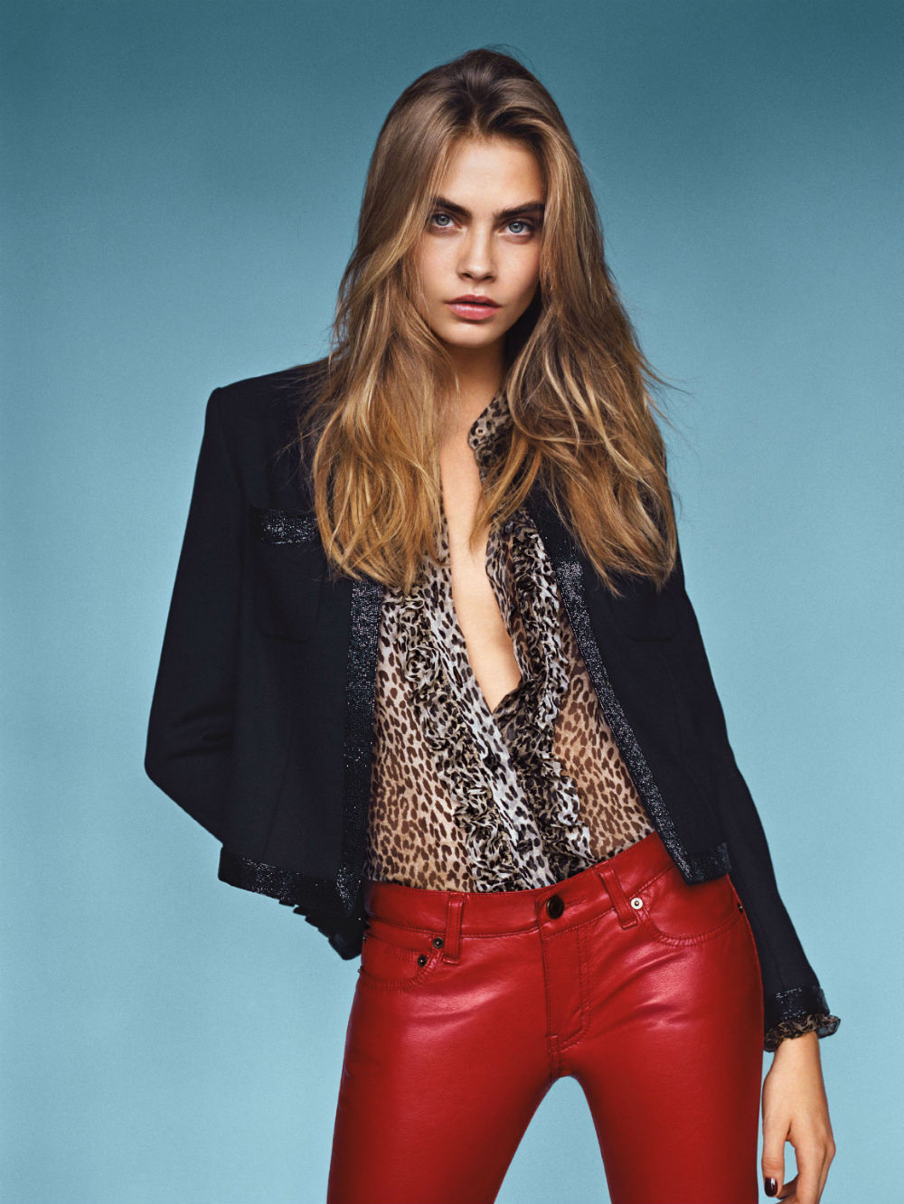 cara-delevingne-by-alasdair-mclellan-for-vogue-uk-january-2014-2