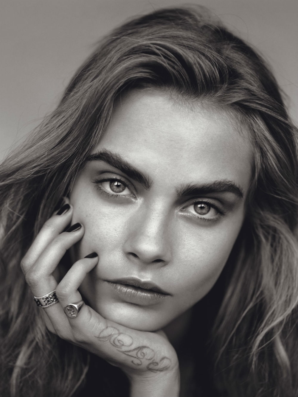 cara-delevingne-by-alasdair-mclellan-for-vogue-uk-january-2014-9