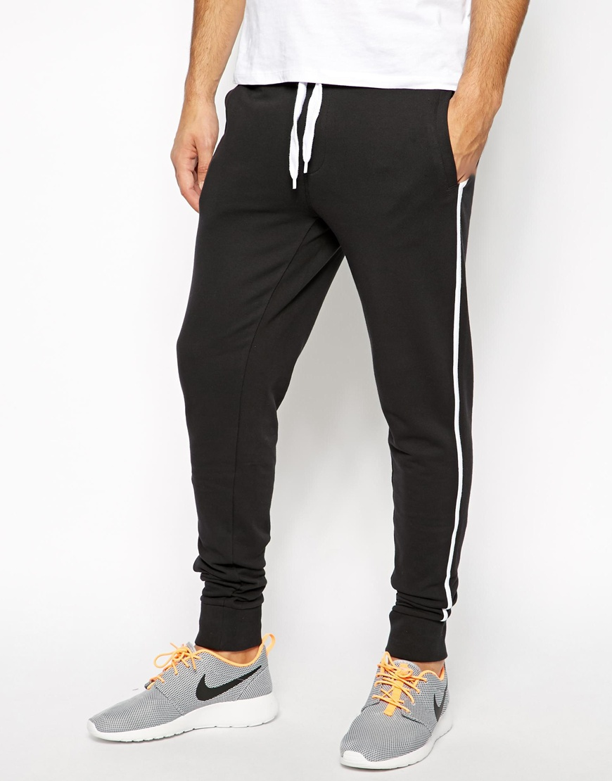 Discover our comfy range of men's joggers at ASOS. Shop a wide selection of joggers for men from skinny, cuffed to drop crotch or loose styles and colors.