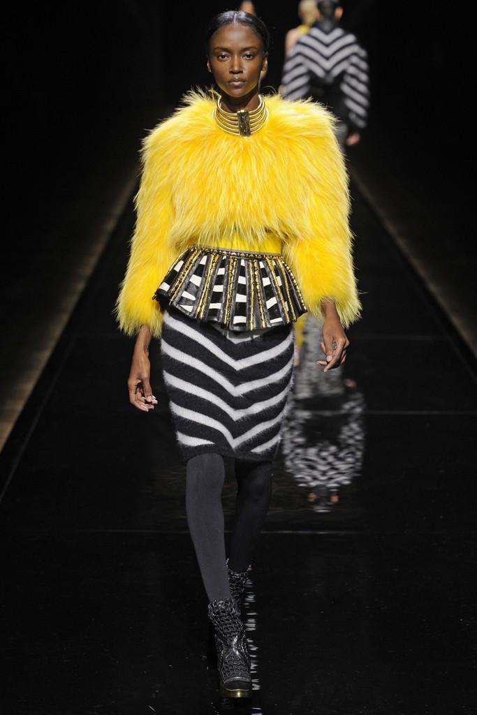 balmain-fall-winter-2014-fashion-week-43