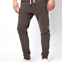 The Skinny Sweatpants Trend For Men