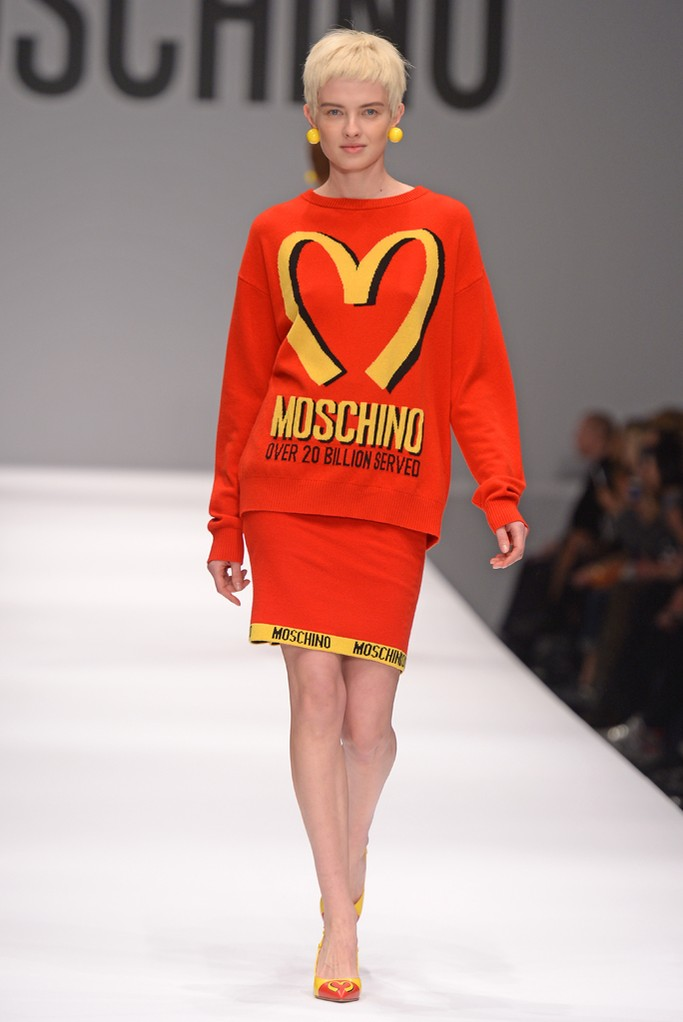 moschino-fall-winter-2014-ready-to-wear-fashion-week-3