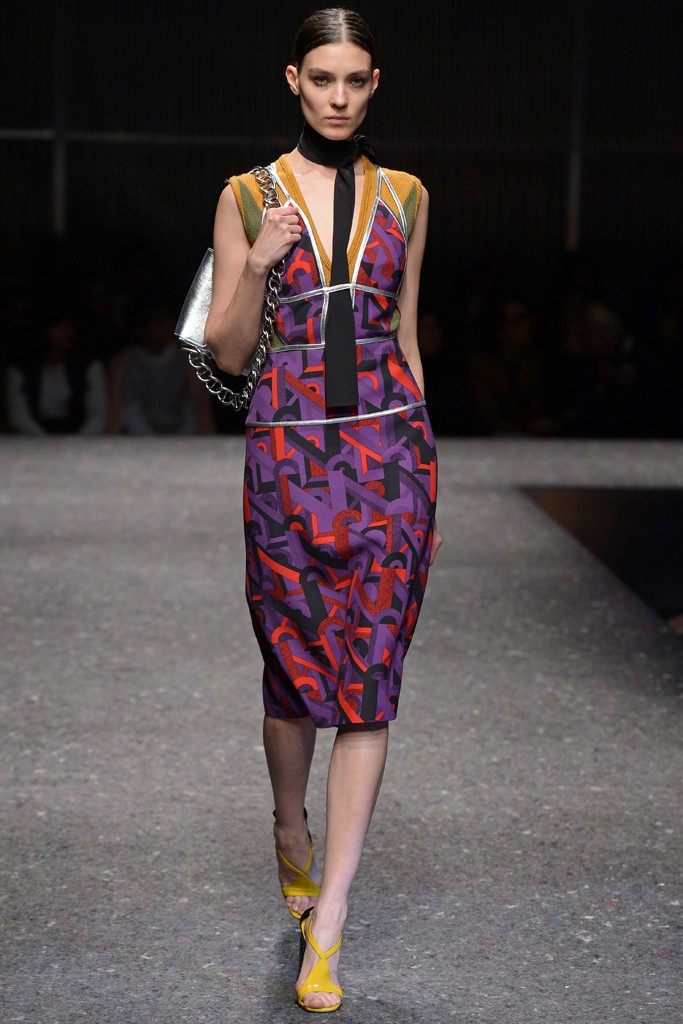 prada-fall-winter-2014-ready-to-wear-fashion-week-25