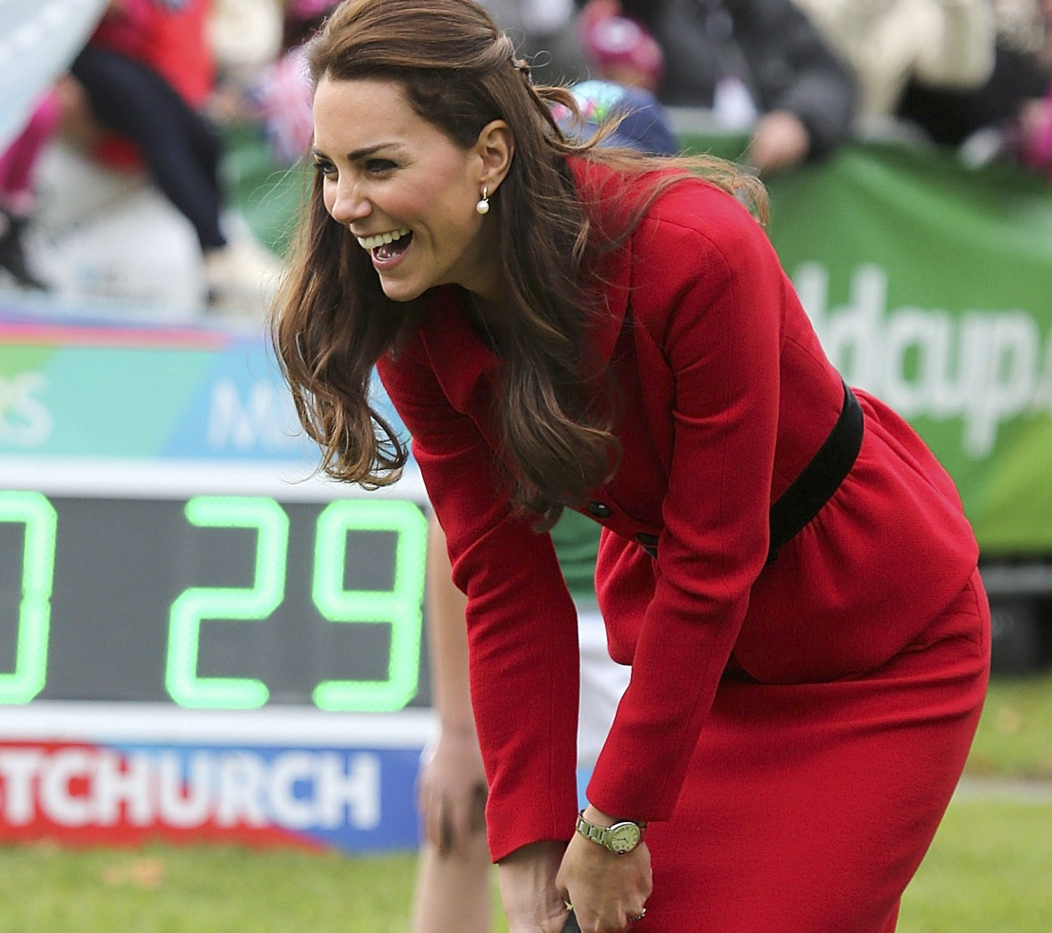 kate-middleton-red-suit-cricket-new-zealand