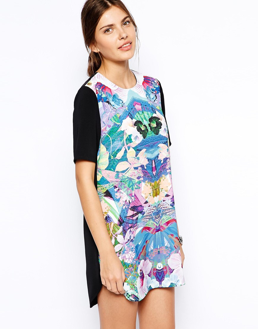 finders-keepers-simple-life-t-shirt-dress-hibiscus-print