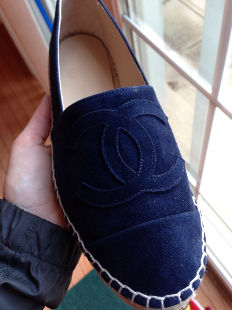 chanel-navy-suude-espadrilles