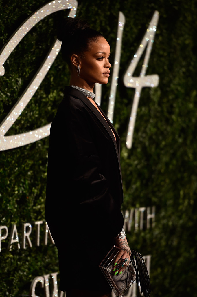 rihanna-british-fashion-awards-2014