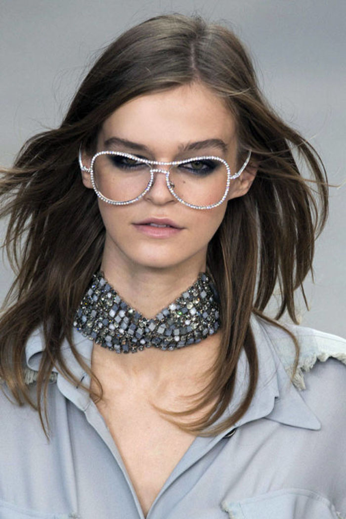 jewellery-trends-Array of chokers