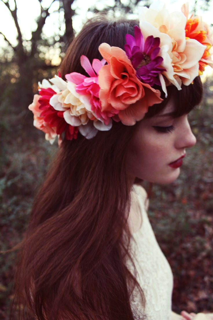 Flower crown festival inspiration the fashion supernova flower crown 4 izmirmasajfo