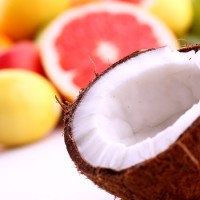 Organic Coconut And Lemon Home Made Beauty Treatments