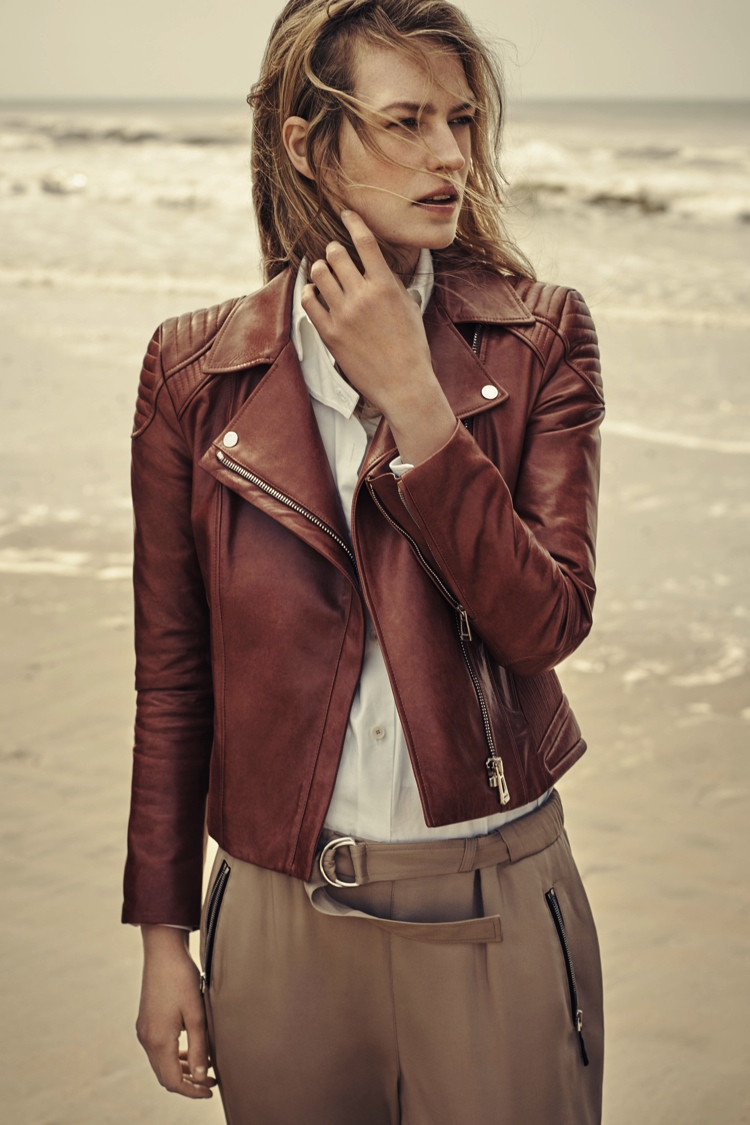 BELSTAFF_PS16_Womens_Collection_Rory_Payne_Look_1