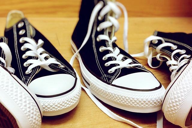 shoes-938433_640