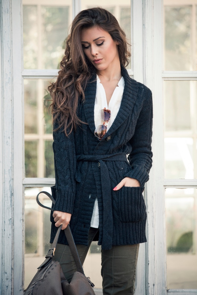 4 Stylish Office Outfit Ideas to Wear This Winter | The Fashion Supernova