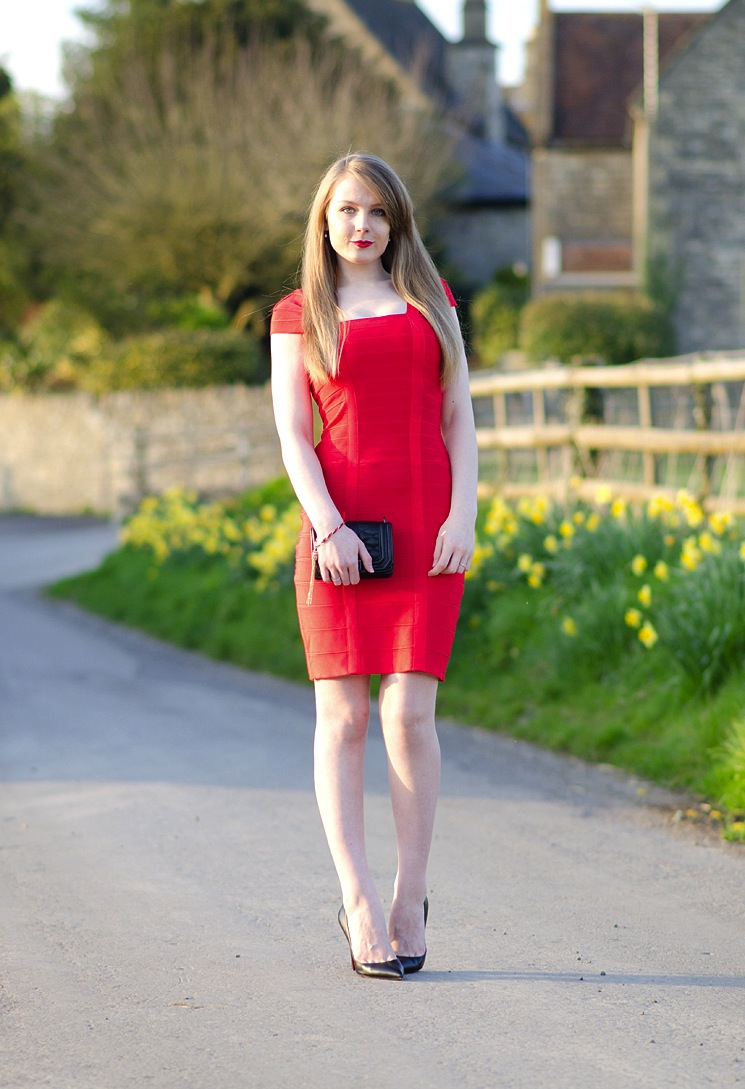 lorna-burford-red-dress-bodycon-sexy