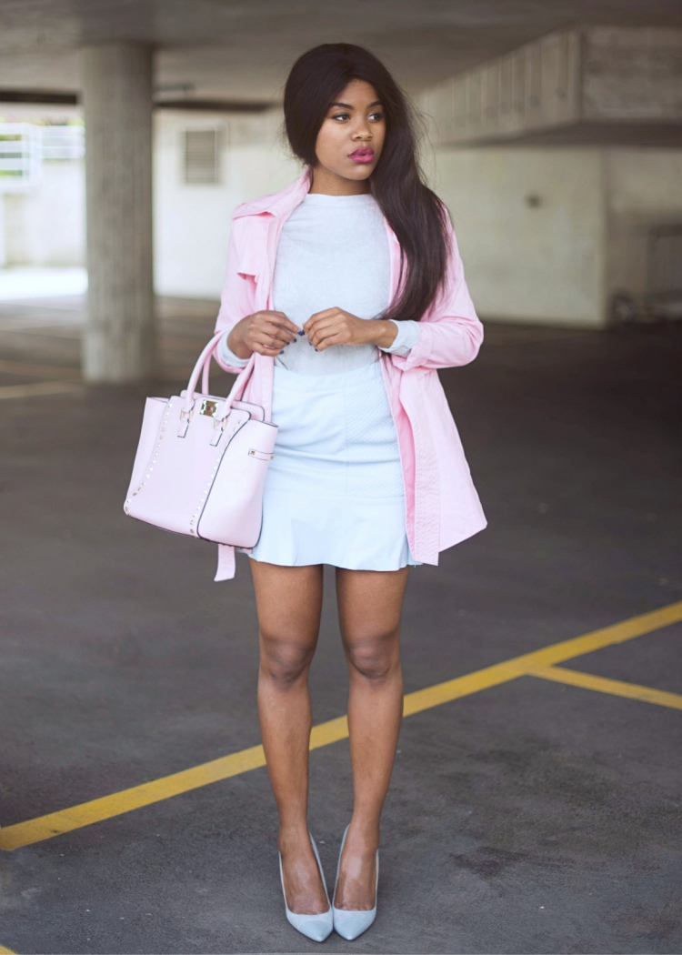 wallace-yolicia-black-blogger-how-to-wear-pastel-blue-colors-style