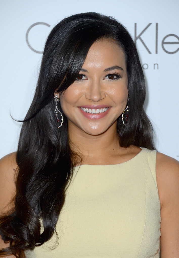 naya-rivera-loose-and-flowing-curls